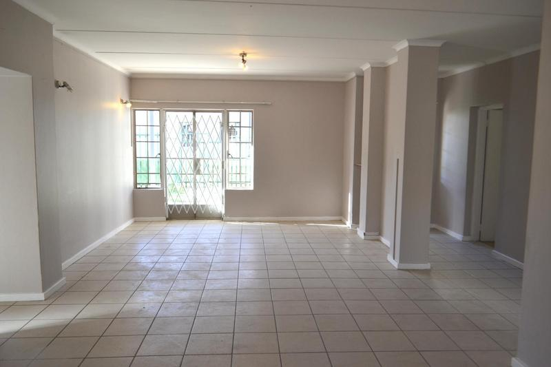 Property For Sale in Douglasdale, Sandton 7