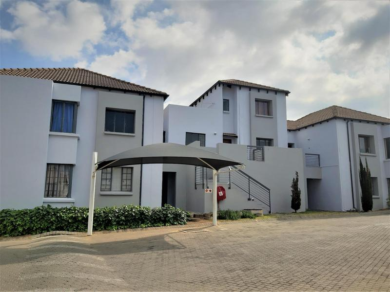 Property For Sale in Douglasdale, Sandton 5
