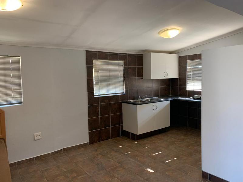 Property For Rent in Glenferness, Midrand 4